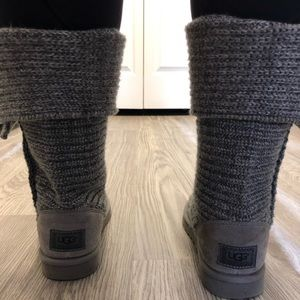 UGG Shoes - EUC Knit Uggs